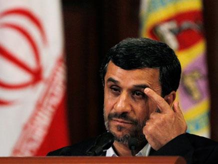 הנשיא היוצא מחמוד אחמדינג'אד (צילום: רויטרס)