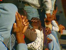 החל מבצע הגירוש לדרום סודן (צילום: חדשות 2)