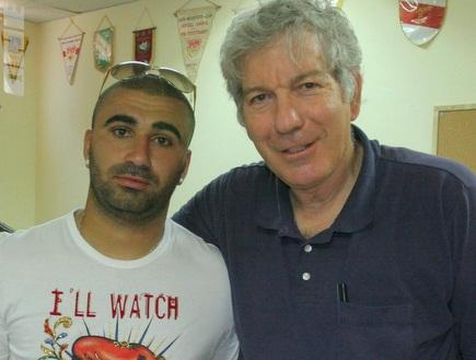 ערן לוי ויואב כץ. השחקן נחוש לעזוב (עמית מצפה) (צילום: מערכת ONE)