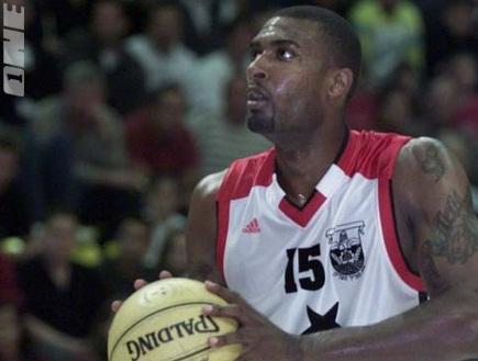 דמיטריוס אלכסנדר. נוסטלגיה בליגת העל (צילום: מערכת ONE)
