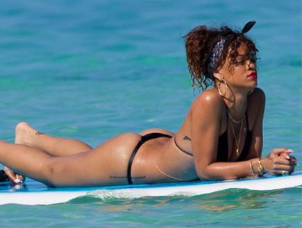 ריהאנה בחוטיני (צילום: Splash News, Splash news)