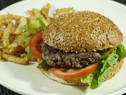 המבורגר דל קלוריות (צילום: אוכל טוב)