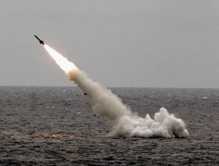 שיגור טיל מצוללת (צילום: China Photos, GettyImages IL)