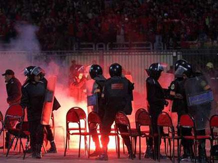 המהומות באצטדיון הכדורגל בפורט סעיד (צילום: חדשות 2)