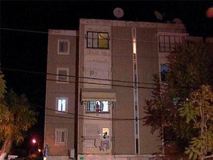 הבניין בו התרחשה הטרגדיה, בקרית עקרון (צילום: חדשות 2)