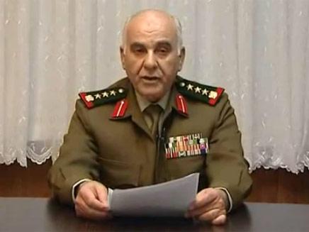 """הגנרל שערק. """"ימיו של אסד ספורים"""" (צילום: יוטיוב)"""