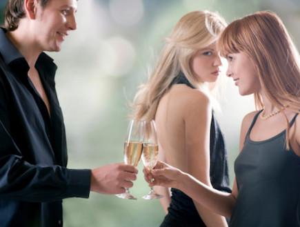 משולש רומנטי (צילום: אימג'בנק / Thinkstock)