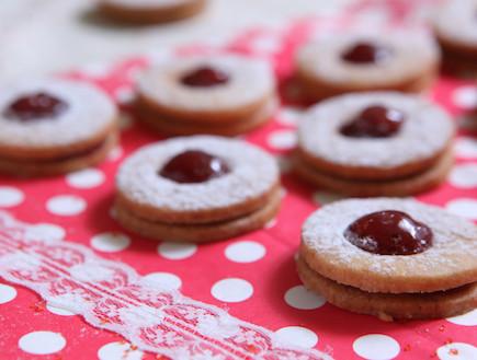 עוגיות ריבה של פעם של לחמים (צילום: בני גם זו לטובה, אוכל טוב)