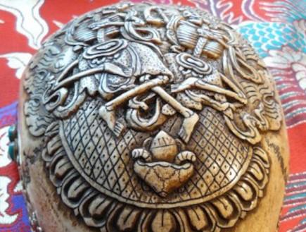 מסורת טיבטית עתיקה: קפאלה – גולגולת האלים (וידאו WMV: 3worlds.co.uk)