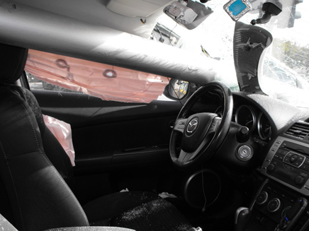 כך נראה הרכב הנפגע מבפנים (צילום: אשדוד.נט)