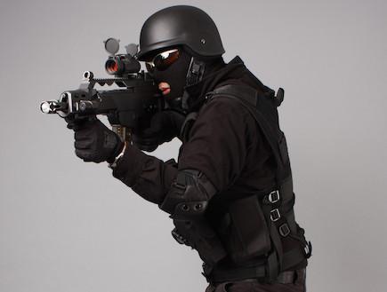 לוחם יחידות מיוחדות (צילום: אימג'בנק / Thinkstock)