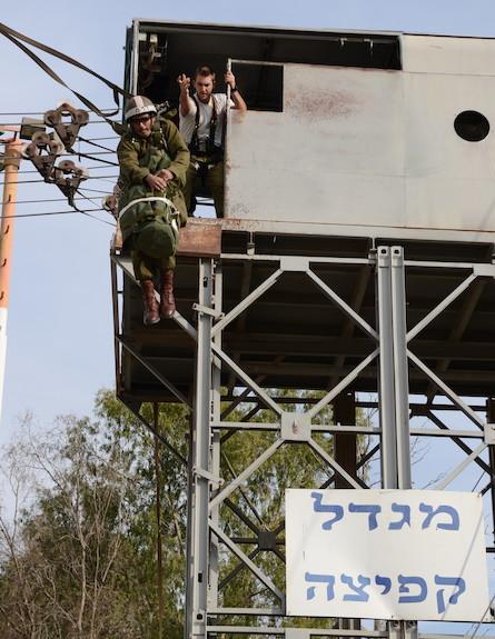 קורס מדריכי צניחה (צילום: בן אברהם, במחנה)