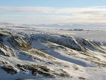 נא לאפס מצפנים: הקוטב הצפוני מהגר לרוסיה (וידאו WMV: ויקיפדיה)