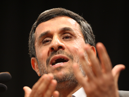 """""""ההתנגדות ניצחה"""". אחמדינג'אד (צילום: AP)"""