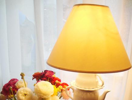 עשו זאת בעצמכם: מנורה מכלי בית (צילום: דידי רפאלי)