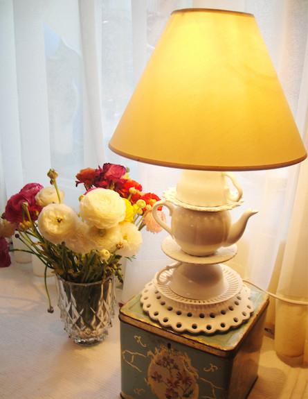 עשו זאת בעצמכם: מנורה מכלי בית