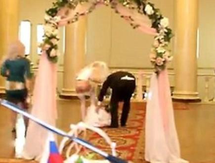 פדיחה חתונה (צילום: LiveLeak)