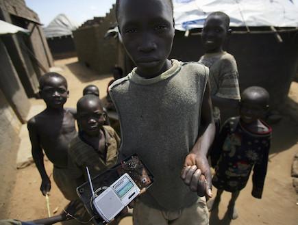 פליטים באוגנדה (צילום: Marco Di Lauro, GettyImages IL)