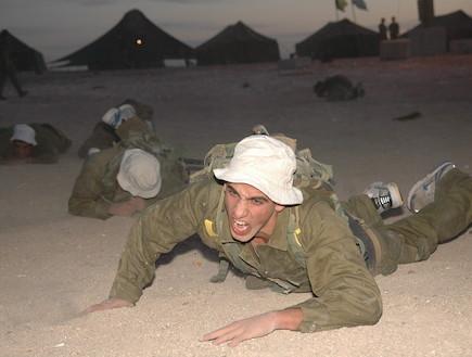 """טירוני גולני (צילום: אורי ברקת, עיתון """"במחנה"""")"""