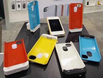 טלפונים סלולריים (צילום: Bruce Bennett, GettyImages IL)