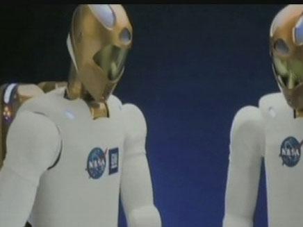 הכירו את האסטרונאוט הרובוטי הראשון (צילום: חדשות 2)