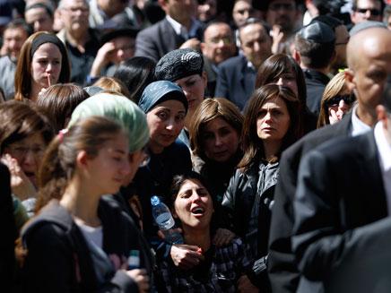 הלווית הנרצחים, אתמול בירושלים (צילום: רויטרס)