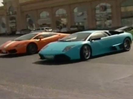 רכבי הלמבוריגיני מסתובבות בג'דה - ומוציא (צילום: חדשות 2)