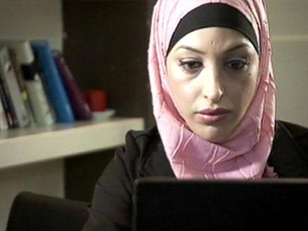 """עו""""ד סוניה ג'לולי. ערביה? לא בשבילנו (צילום: חדשות 2)"""