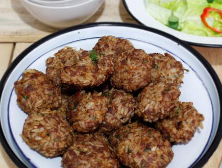 קציצות בשר עם אורז - מוכן (צילום: אפיק גבאי, אוכל טוב)