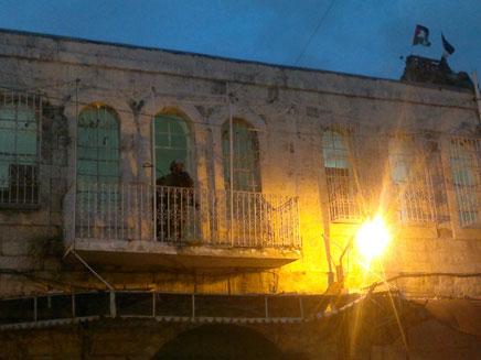 אנרכיסטים פרצו לבית בחברון (צילום: חדשות 2)
