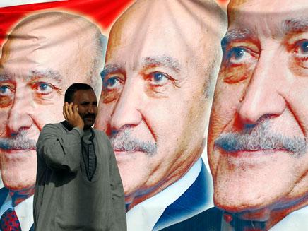 עומר סולימאן, לא יוכל להתמודד בבחירות לנשיאות מצרי (צילום: רויטרס)