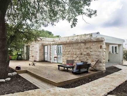 הבית בטבעון - חזית (צילום: שרון קנה)
