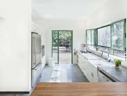 הבית בטבעון - מטבח (צילום: שרון קנה)