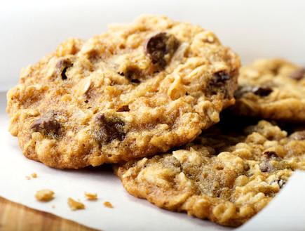 עוגיות חמאת בוטנים, קוואקר ושוקולד צ'יפס (צילום: NightAndDayImages, Istock)