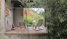גילדת יודפת. בחצר הבית (וידאו WMV: לימור זומר, living)