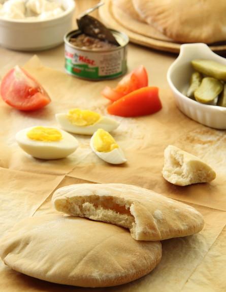 פיתות ביתיות (צילום: חן שוקרון, אוכל טוב)