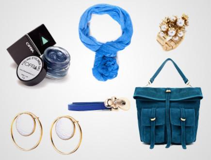 צעיף, תיק, תכשיטים ואיפור בכחול ולבן
