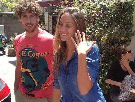 טומי אלתגר ואיילה רשף משיקים טבעת נישואין 1 (צילום: mako)