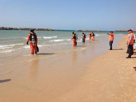 חיפושים בחוף הים. ארכיון (צילום: ראובן קוגן קורן)