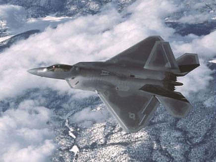 מטוס ה-F-22 (צילום: AP)
