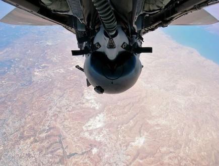 "טייס קרב (צילום: רס""ן עופר)"