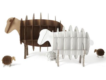 עיצוב חיות, מדפים בצורת כבשים (וידאו WMV: מתוך אתר: http://www.joethepolarbear.com, living)