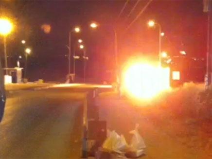 צפו בפיצוץ המטענים שנתפסו (צילום: משמר הגבול)