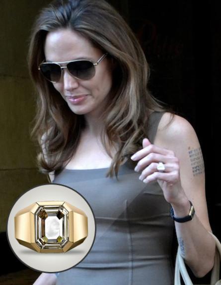 טבעת האירוסין של אנג'לינה ג'ולי (צילום: splashnews)