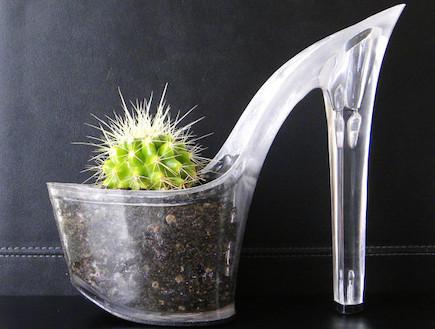 גינה ירוקה. נעל עציץ (צילום: מתוך האתר etsy.com)