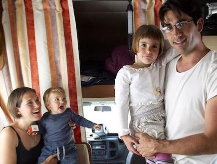 משפחת פרננדז (צילום: teinteresa.es)