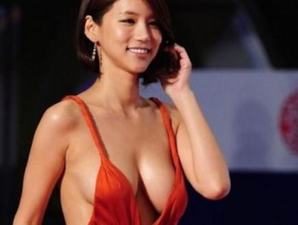 מחשוף קוריאני (צילום: allkpop.com)