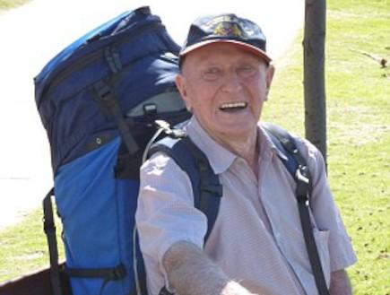 מטייל בן 95