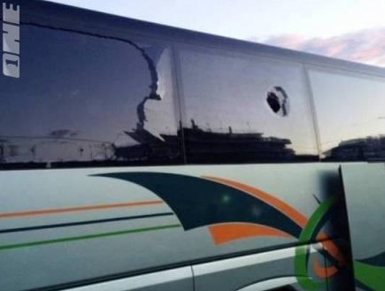 האוטובוס של אולימפיאקוס רגום (צילום: מערכת ONE)