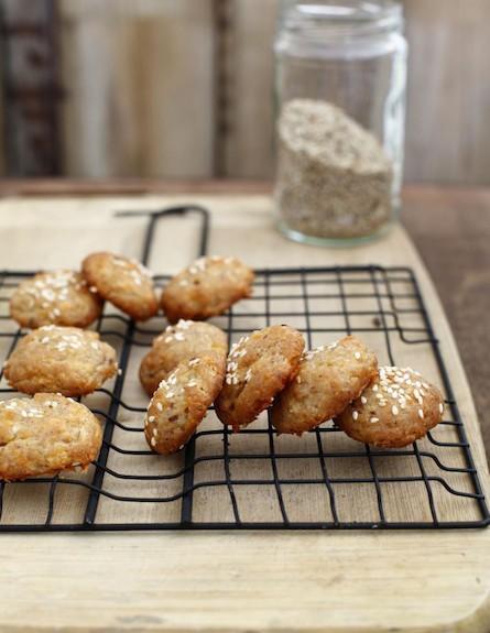חטיפי גבינת עיזים וזיתים 2 (צילום: אפיק גבאי, אוכל טוב)